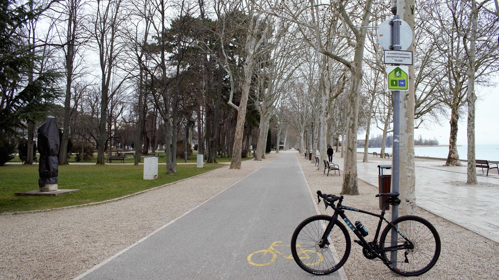 Képtalálatok a következőre: füred kerékpárút képek
